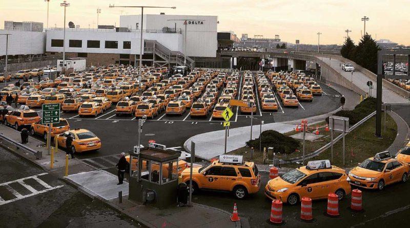 Taxis vs Uber at LaGuardia Airport